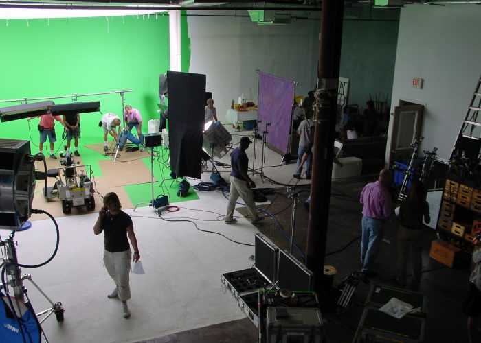 Shooting Stars Post+Video Production+Greenscreen+Studio